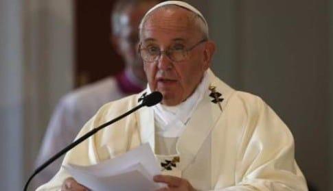 Familias con lazos rotos provocan sociedades rotas: Papa Francisco